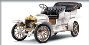 L & K typ G z roku 1909 - osobný aj športový automobil vyrábaný v rokoch 1908 až 1911