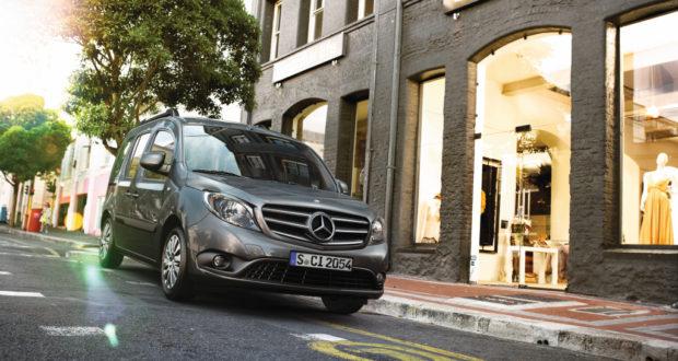Pole-Position für neun Mercedes-Benz und smart